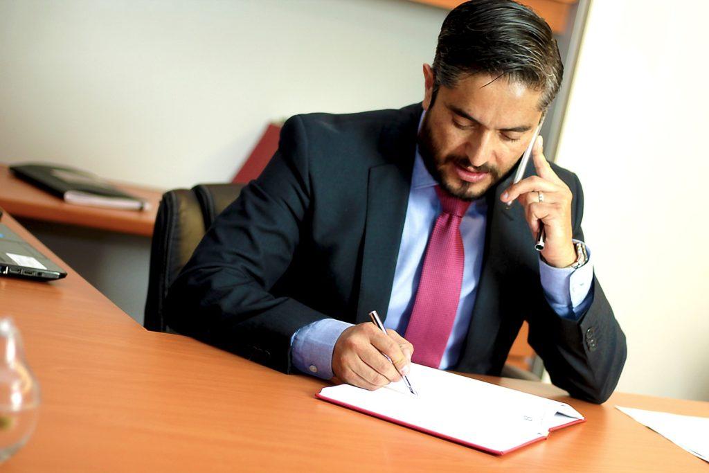 Un corredor de seguros profesional siempre a tu lado en Polifani Benidorm Alicante